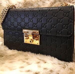 Authentic Gucci black leather chain bag/ purse